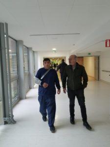 Karim, Dans les couloirs de l'hôpital avec Patrick